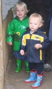 Tim (ca 18 Monate) in Lancaster mit Harry, dem Sohn einer guten Freundin